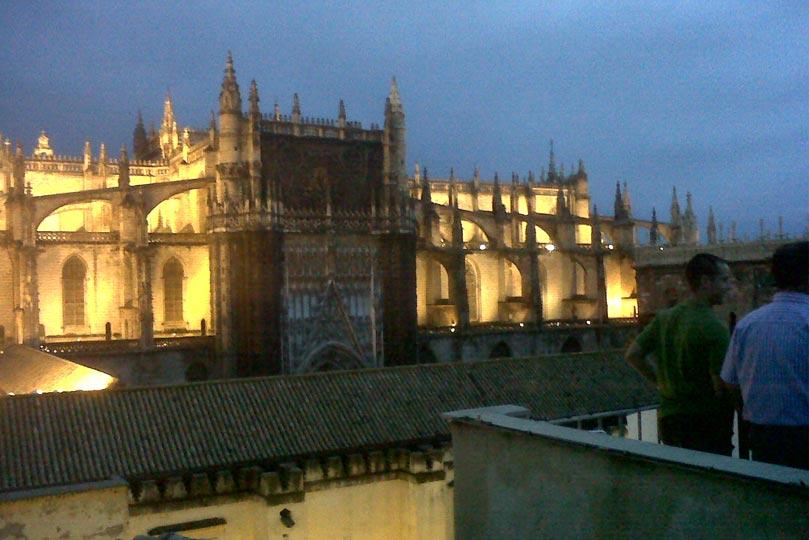 Catedral de Sevilla vista desde un balcón